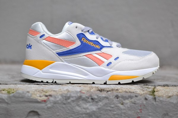 newest collection 742ba 1531b Reebok Bolton Essential MU