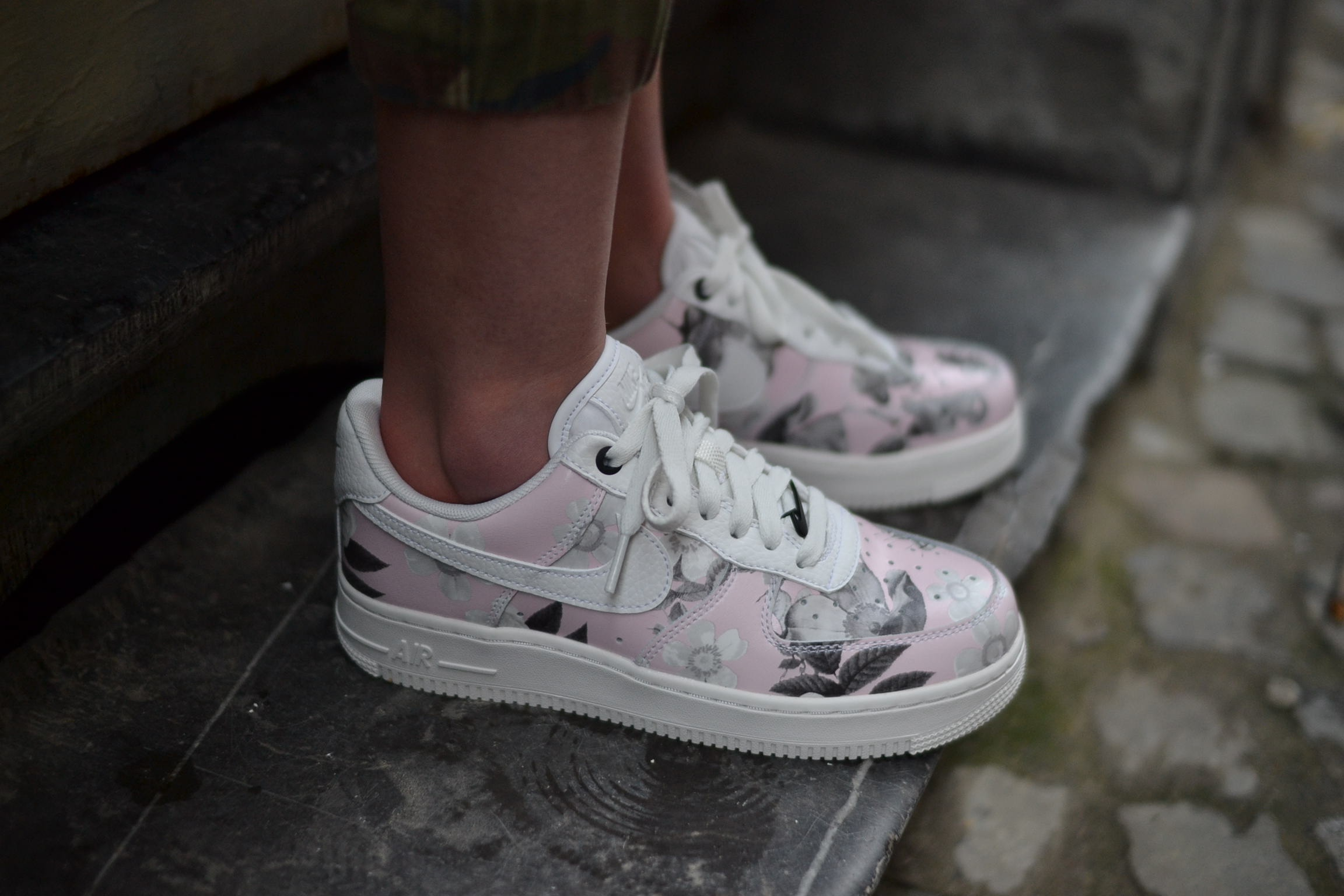 the latest 2cf99 debbd Nike AIR FORCE 1 LOW