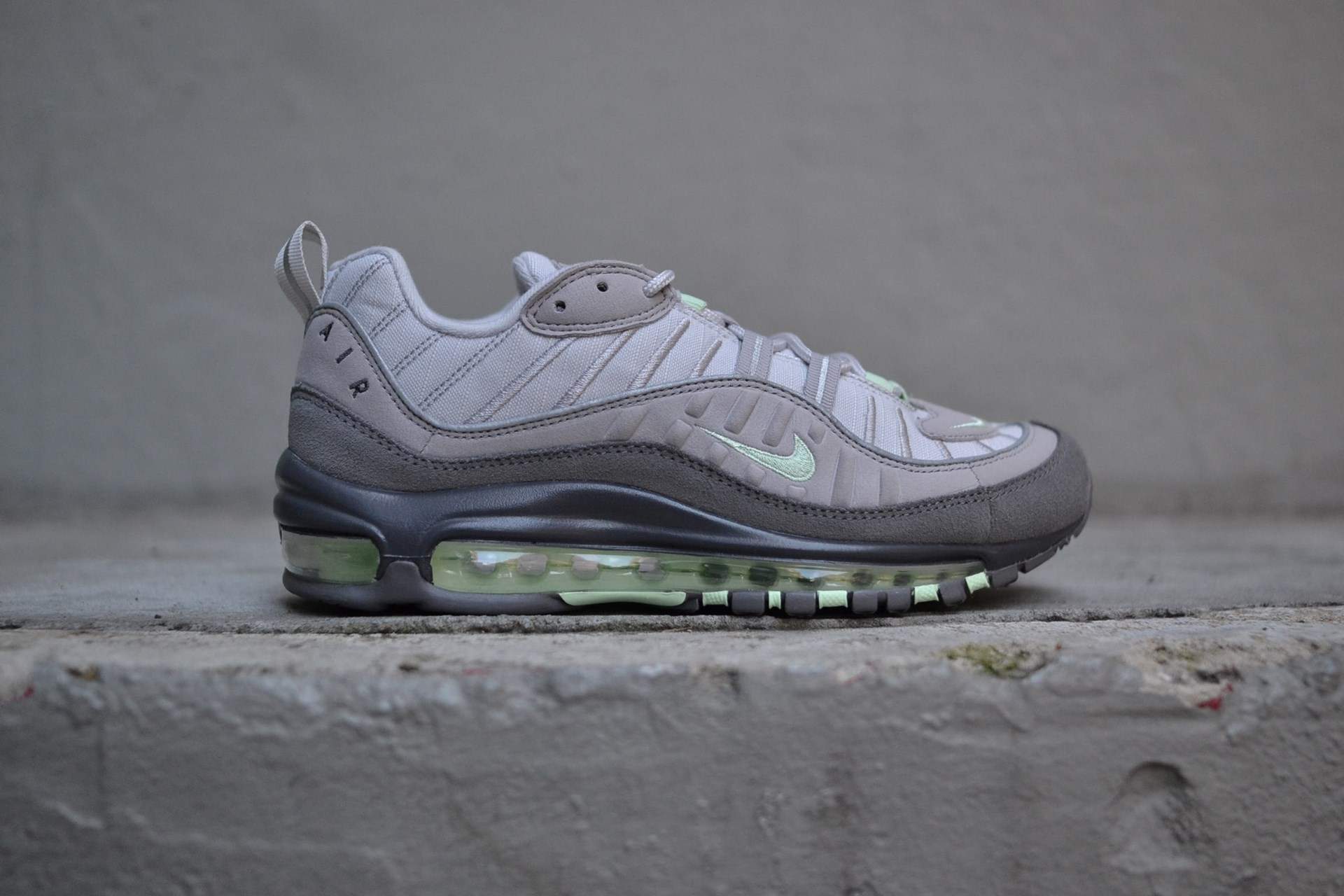 "AIR MAX 98 ""VAST GREY/FRESH MINT"""