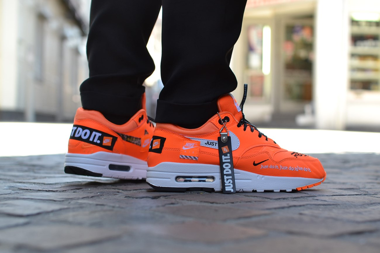 chaussure nike air max just do it