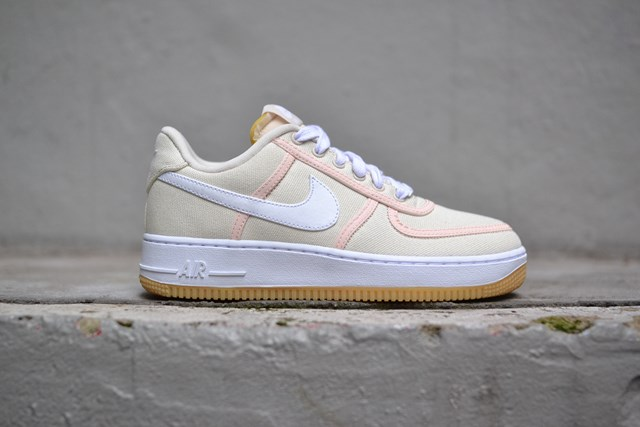 "AIR FORCE 1 '07 PREMIUM ""BEIGE/PINK"""